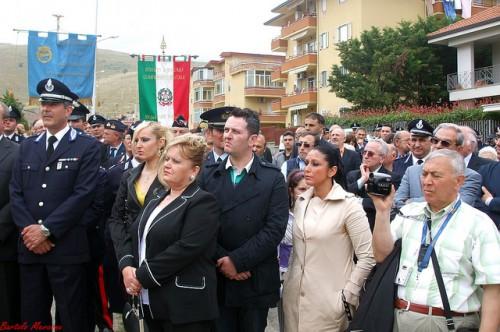 Dei versi poetici in memoria di Nicandro Izzo, agente di polizia penitenziaria ucciso dalla camorra
