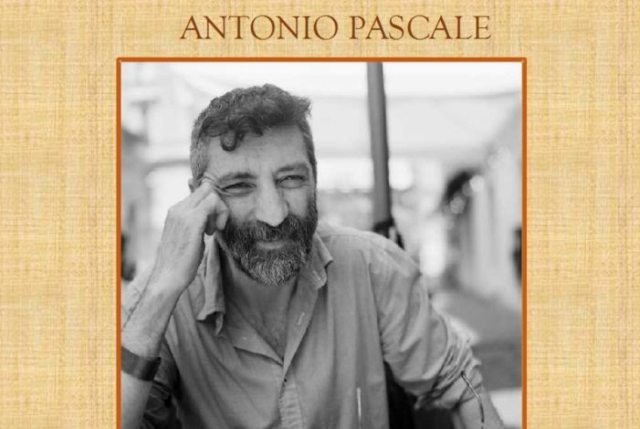 """Lo scrittore Antonio Pascale arriva a Pignataro Maggiore con """"Ricomincio da Massimo"""": l'appuntamento è per sabato 17 ottobre alle 19 nel Palazzo Vescovile"""