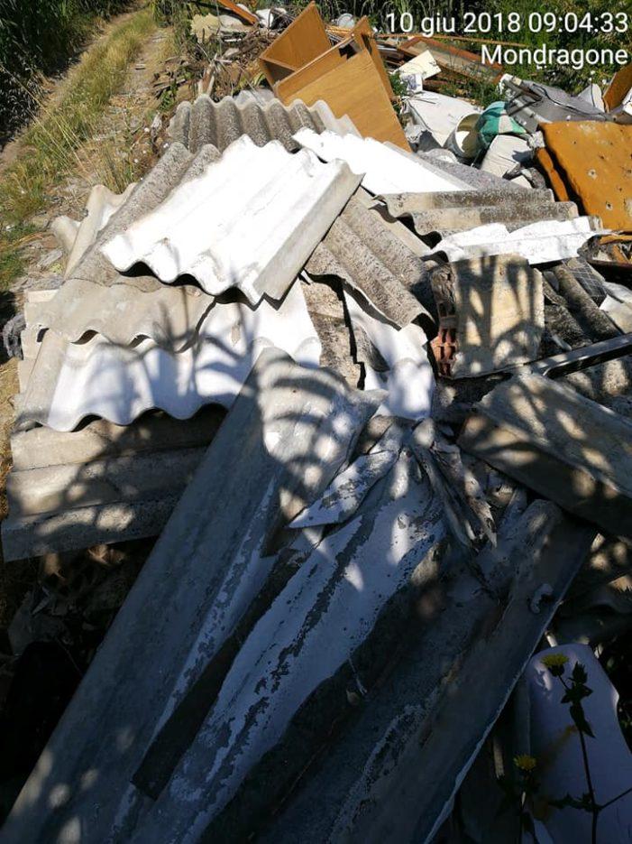 Mondragone: cumuli di rifiuti vari e materiali contenente amianto illecitamente abbandonati