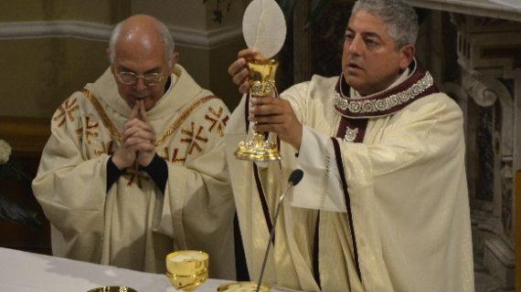 Il Santo Natale in Parrocchia con Don Peppino e Don Gianluca tra liturgie, presepi e tombolate