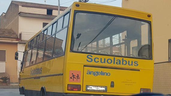 Il Sindaco Russo prima ripristina lo scuolabus tolto dal Commissario ed oggi vuole ritoglierlo perché semi-vuoto e anti-economico per l'Ente