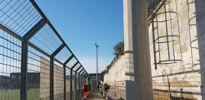 Strutture sportive comunali di viale Kennedy, visita al fiore all'occhiello di Vitulazio tra incuria e vandalismi