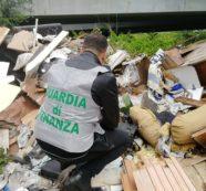 Sequestrata un'area di 2500 metri quadri con 70 tonnellate di rifiuti pericolosi