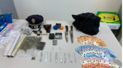 Si era spostato sul litorale casertano per spacciare droga, 27enne trovato in possesso di hasihs e di una pistola