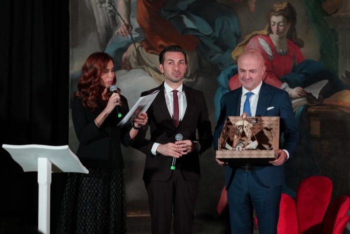 """Premio """"Artis Suavitas"""", Borsa di Studio per laureati meritevoli. Contributo di 3.000 euro alla migliore Tesi di Laurea"""