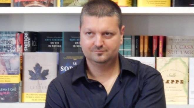 """""""Misteri ambrosiani"""": una duplice indagine nel romanzo di Fabrizio Carcano"""